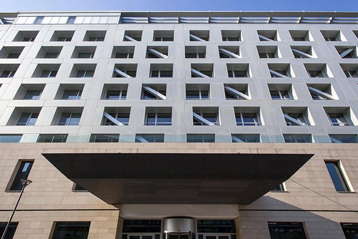Realizzazioni con alluminio anodizzato - Hotel milano porta vittoria ...