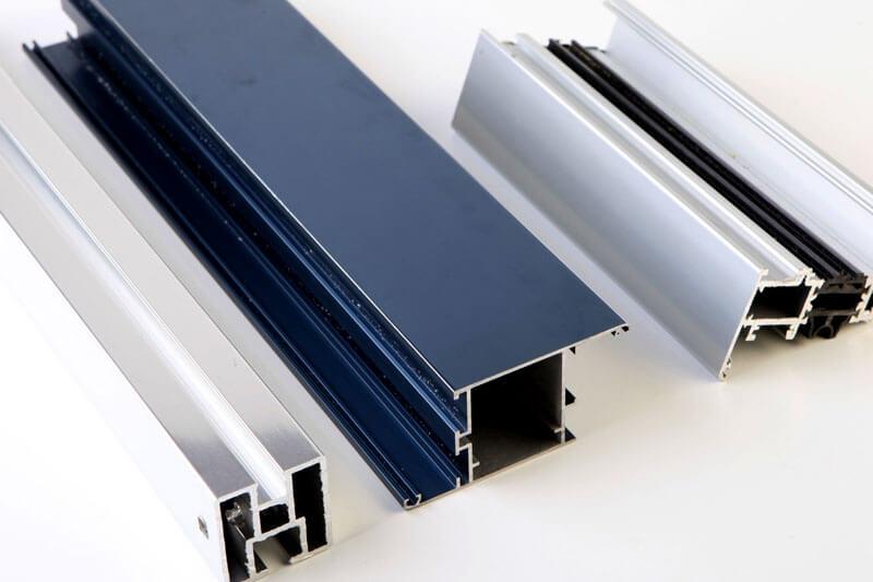 colorazione profilati alluminio